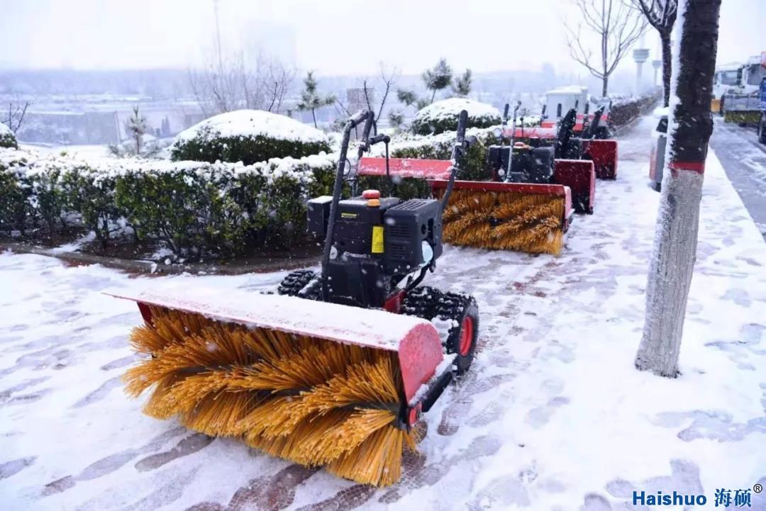 【未雪绸缪 以雪为令】县住建局开展除雪演练